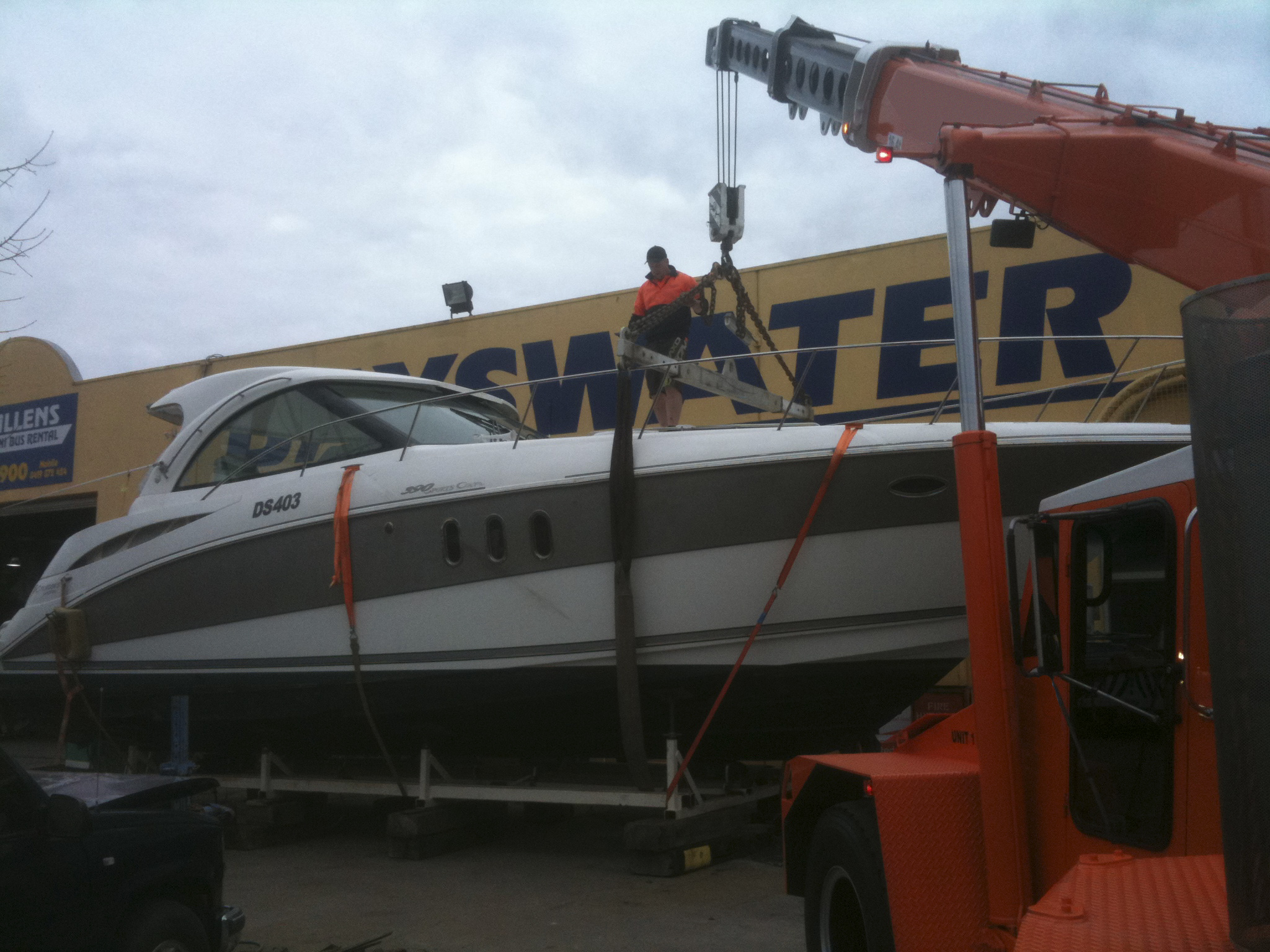 Lifting a boat - JFK Mobile crane hire and rigging Melbourne